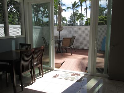 Private Enclosed Sun Deck! Great Outdoor Dining under the Stars.