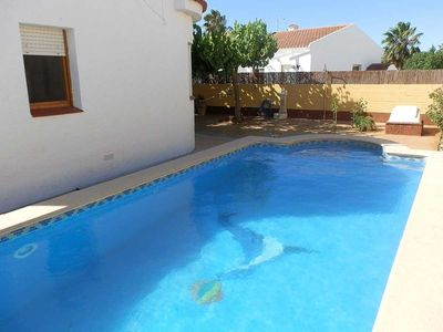 Photo for CASA NAVARRO 1,Ideal house for your holidays near the sea, free wifi, air conditioning, private pool, pets allowed, dog's beach.