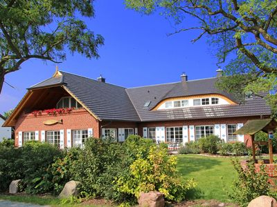 Photo for Country house with charming Boddenblick not far from the Baltic Sea beach
