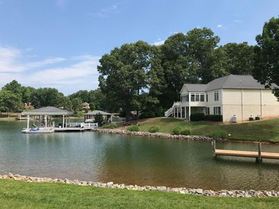 Photo for Boat Ramp, Pool, Fire Pit, Kayaks, Gas Grill, Flat Lot, Huge Dock & Ping Pong!