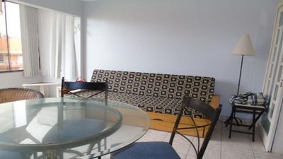 Photo for Apartment with 2 bedrooms / 1 block from the sea / located in the center