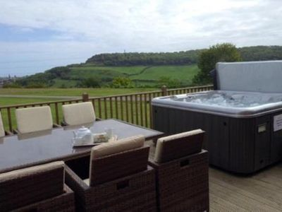 Photo for Kingsley: Relax in Comfort and Style sleeps 6