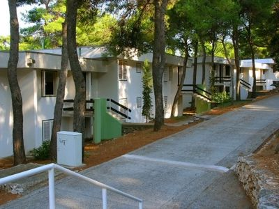 Photo for 1BR Apartment Vacation Rental in Jelsa, Dalmatien