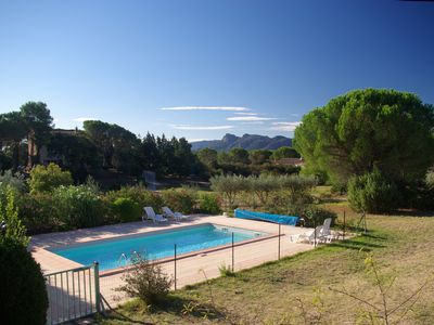Photo for Beautifull villa, 3,360 sq.m garden; only 1 km away from the Saint-Endréol golf club