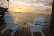 Meagan's Beach House - Bayfront Home with Spectacular Sunrise and Sunsets