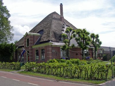 Photo for Rooms and cottage in authentic farmhouse, tulip fields, close to Amsterdam.