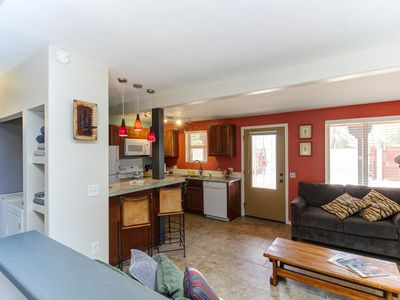 A Tucsonan Style Casita In Midtown Tucson - Minutes from Basically Everything !