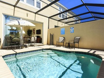 Photo for Luxury 3-bedroom house with a pool next to Disney