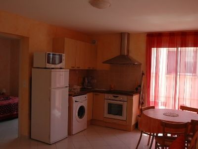 Photo for Apartment in villa at 100m from the beach