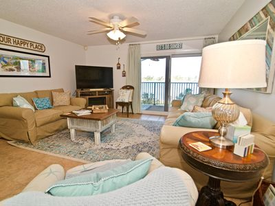 Photo for Charming 3br/2ba | Huge Waterfront Balcony | Boats Welcome