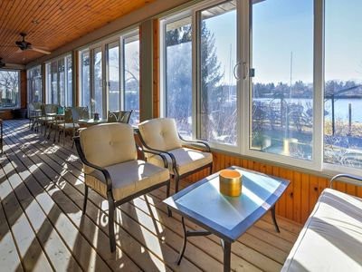 Photo for Lakefront Picton House w/ Indoor Veranda & Marina
