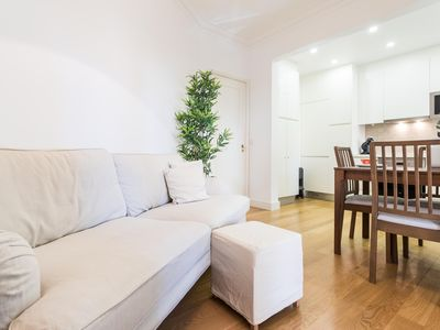 Photo for Spacious Estrela Garden apartment in Bairro Alto with WiFi & balcony.