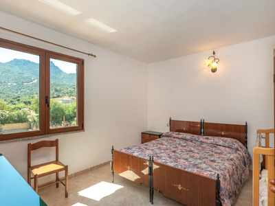 Photo for Central Apartment with Garden, Terrace & Balcony; Pets Allowed, Parking Available