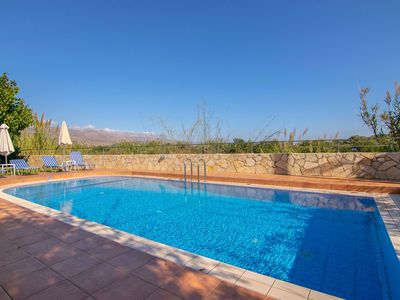 Photo for Beautiful private villa for 7 guests with A/C, WIFI, private pool, TV, balcony and parking