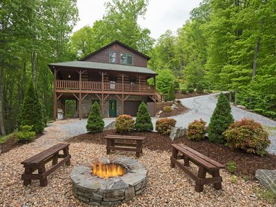 Photo for Mountain Views,  Fire pit , Hot tub, game rooms, Great location!