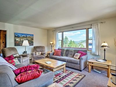 Photo for Carefree Cabin - Mountain Cabin Ambiance -3 bedroom Amazing Views