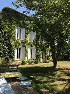 Photo for Clos Notre-Dame, 10 mins from St-Emilion and 25 mins from Bordeaux