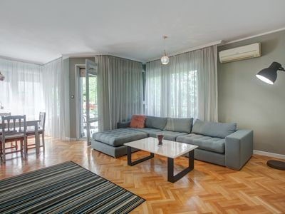 Photo for Spacious apartment close to the American Embassy