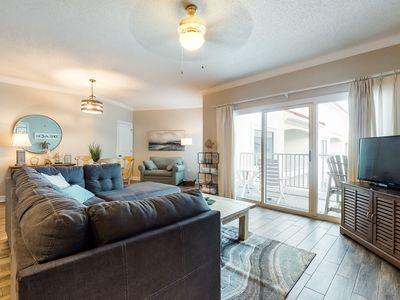Photo for Centrally-located condo with Gulf views, outdoor pool, fitness room, & sun deck