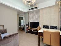 The location of this apartment is truly convenient! It's a great base for exploring HK. The space is