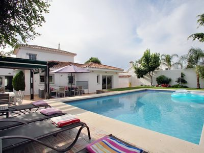 """Winter Long term rental possible. """"Work from home"""" Nov to March. Private villa."""