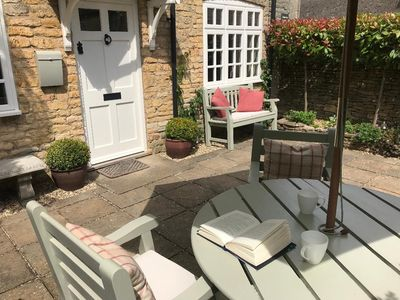 Photo for 'JASMINE COTTAGE'  Bourton on the Water  *Offer Arrive 15 March - 6 nights £545*