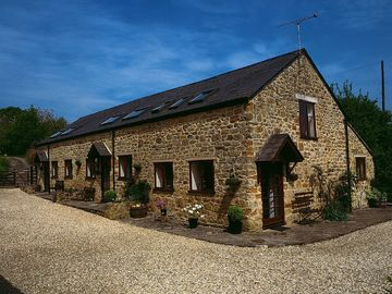 Comfortable self-catering cottages in superb countryside - Foxglove