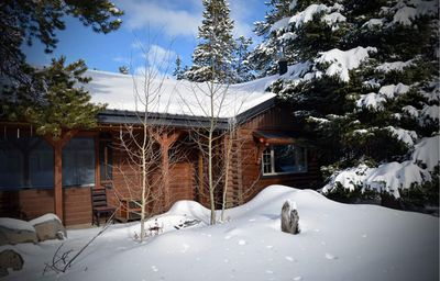 Cabin in winter! snowmobile, ski or snowshoe right from your door