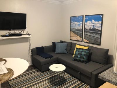 Photo for 1817 5C · Cute contemporary 1b Apt -20min NYC Parking Avail