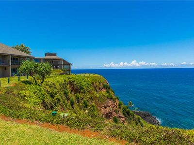 Photo for Majestic ocean views above Hideaways Beach on Kauai's North Shore