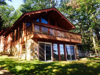 Beautiful Relaxing Chalet Over Looking Homeaway Lake