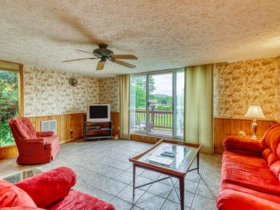 Photo for New Listing - Large retreat within walking distance to slopes!