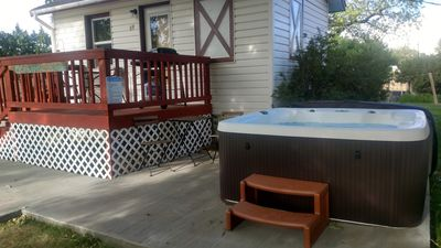 Photo for Hot Tub, Studio Cabin w/ Kitchenette, Deck, and BBQ