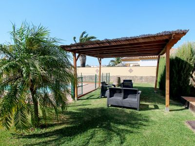 Photo for Beautiful apartment for 6 guests with private pool, WIFI, TV, pets allowed and parking