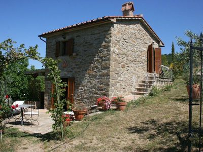 Photo for Romantic, totally private small cottage for 2. Wi-fi, pool, garden and Jacuzzi. Panoramic and quiet.