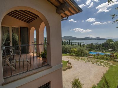 Photo for Wonderful  villa for 6 people with WIFI, hot tub, A/C, private pool, TV, balcony and parking