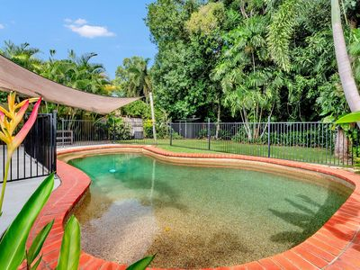 Photo for 4BR House Vacation Rental in Clifton Beach, QLD