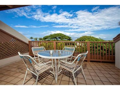 Photo for Bright and open 2bd Ocean View condo at the Maui Kamaole I-214