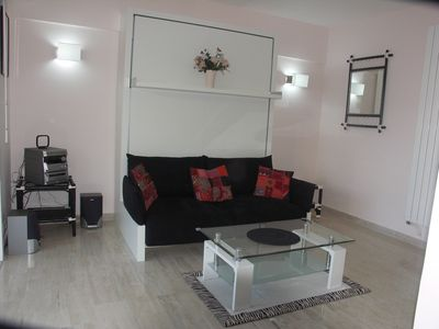 Photo for Cannes, Beautiful F1 ideally located near the center and beaches