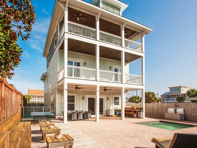 "Photo for All-Suite ""Dog Dayz"" Retreat w/ Private Pool & Water Views -- 300' to Beach!"