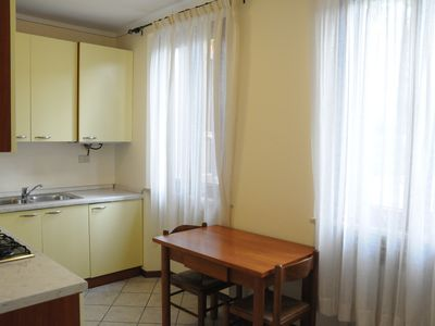Photo for Apartment with garden near the beach and the center of Desenzano