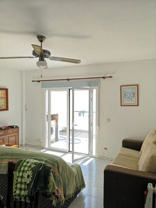 Photo for Apartment in beachfront. Ideal for groups and families.