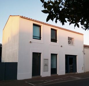 Photo for ATYPICAL RENTAL OLD BANK IN THE HEART OF AIGUILLON SUR MER