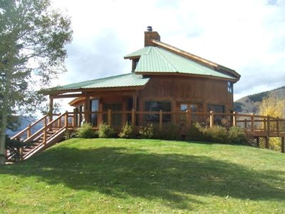 Photo for Daisy Circle: AWESOME mountain home. Wood Fireplace, Hot Tub, VIEWS