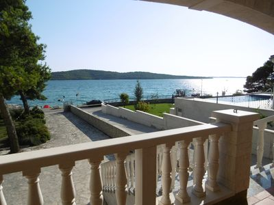 Photo for Apartment in the best location by the sea with boat mooring. Parking lot at the bottom