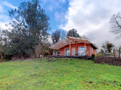 Photo for Convenient lakefront cabin w/wood fireplace, garden and Puyehue Lake views!