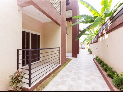 Photo for New &  Contemporary Gated Kingston Apt 2BED/ 2.5BTH