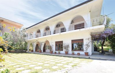 Photo for 7 bedroom accommodation in Stalettì