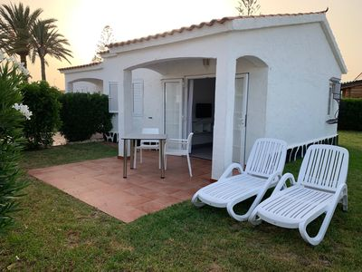 Photo for Bungalow with private garden Arcos Suites I