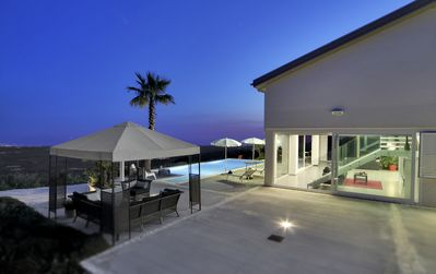 Photo for Villa-Free wi-fi, private pool, ping pong, basket court, bowls field, 1extra clean